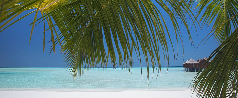 beach3AnantaraDhiguOverWaterSuites