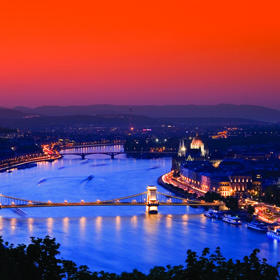The Danube & It's Enchanting Christmas Markets